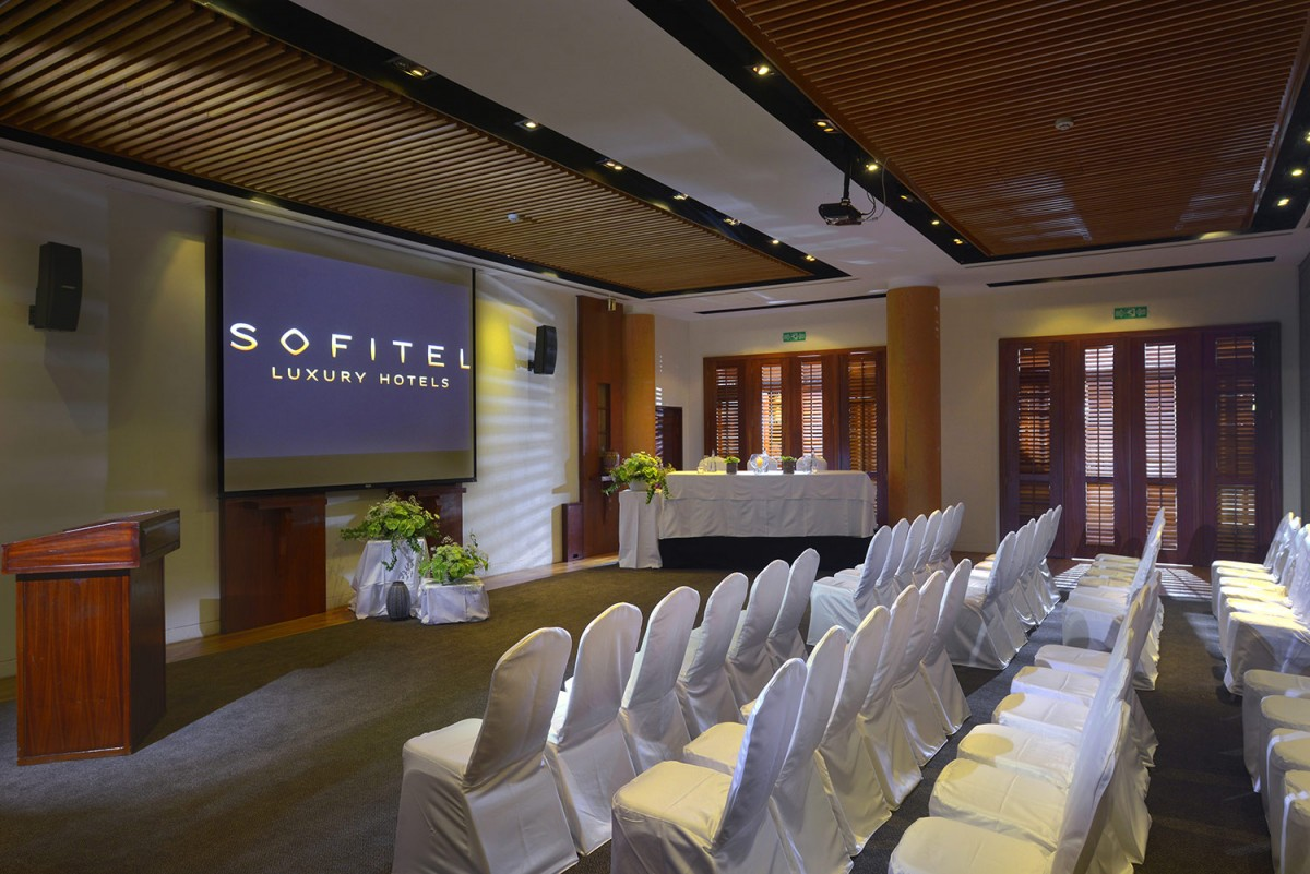 sofitel mauritius l 39 imp rial resort spa gallery conference room 1. Black Bedroom Furniture Sets. Home Design Ideas
