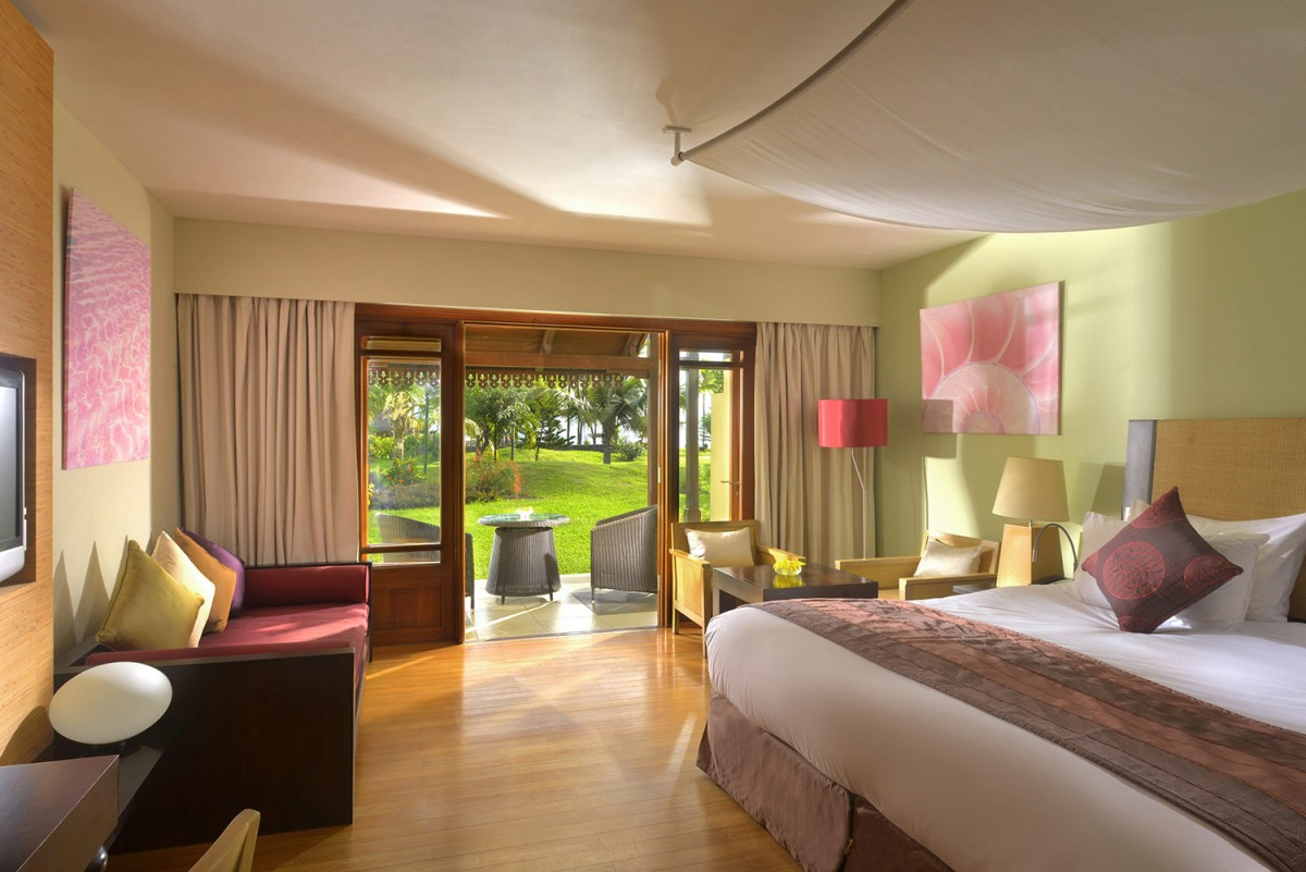 sofitel mauritius l 39 imp rial resort spa gallery superior room view. Black Bedroom Furniture Sets. Home Design Ideas